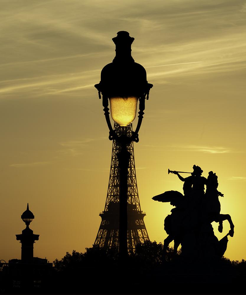 Le Réverbère-Eiffel