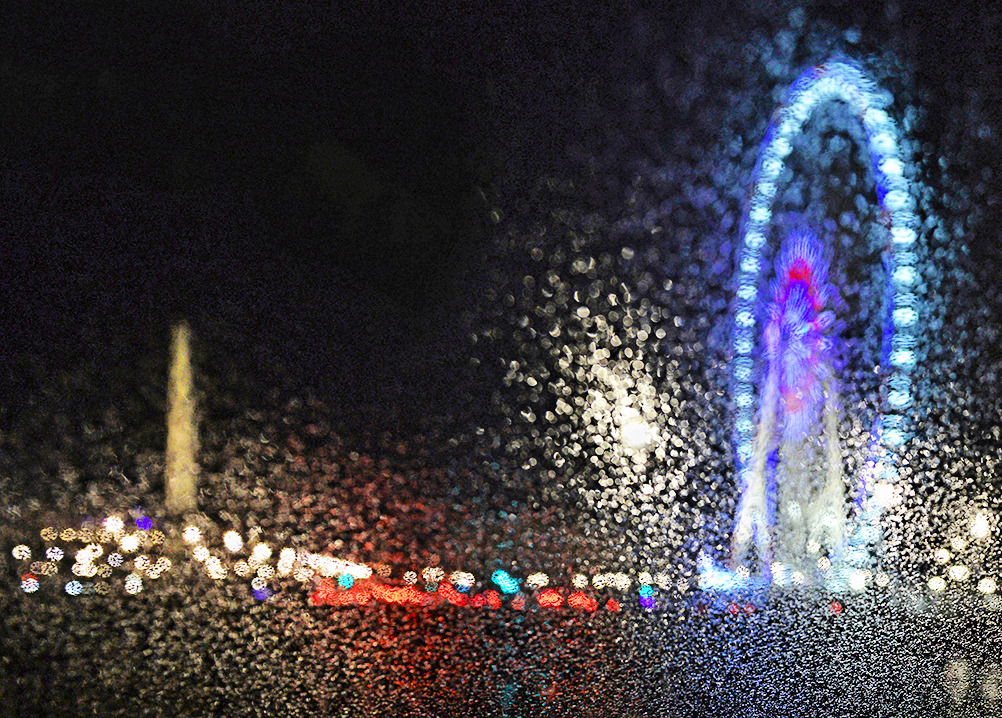 The Concorde Obelisk and the Big Wheel under the rain, in a pointillist version